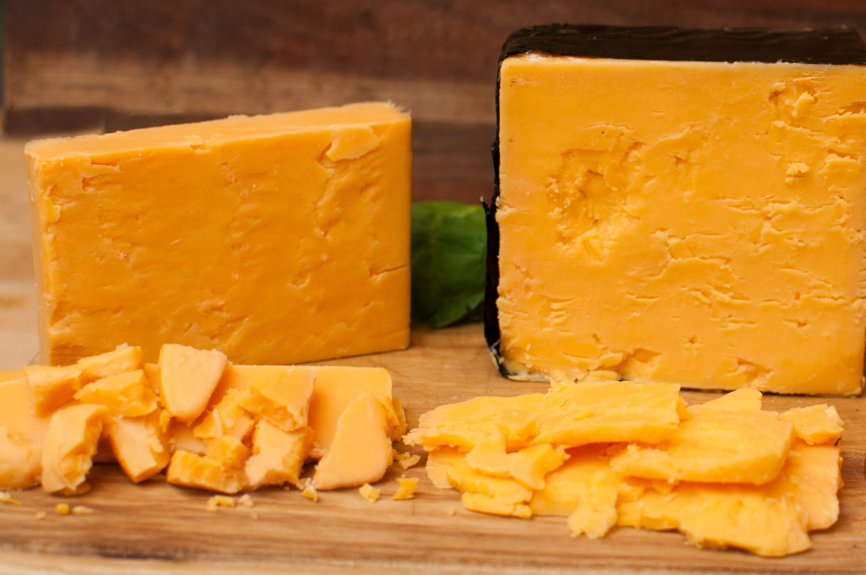 what makes cheese yellow